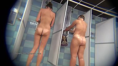Hidden Camera Public Shower 174-183