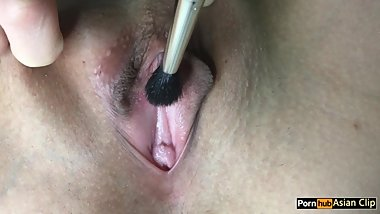 Close up Pussy brush