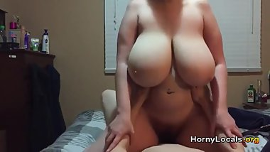 Amateur BBW ride on cock