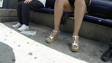 BEST 2018 SEXY TEEN MILF LEGS CROSSED TOES AMATEUR VOYEUR CANDID FEET 29